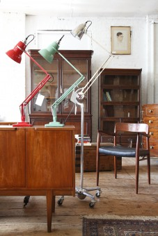 Showroom Gallery Crystal Palace Antiques Amp Mid Century