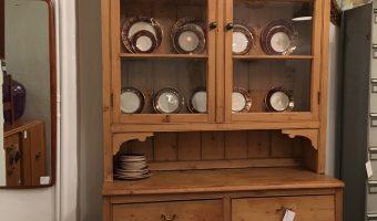 19th century pine dresser £495