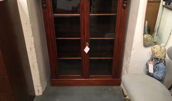 Victorian mahogany bookcase £200