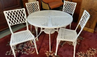 Garden table and chairs £375